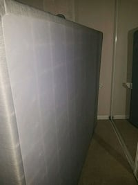 Queen size box spring Columbia, 21046