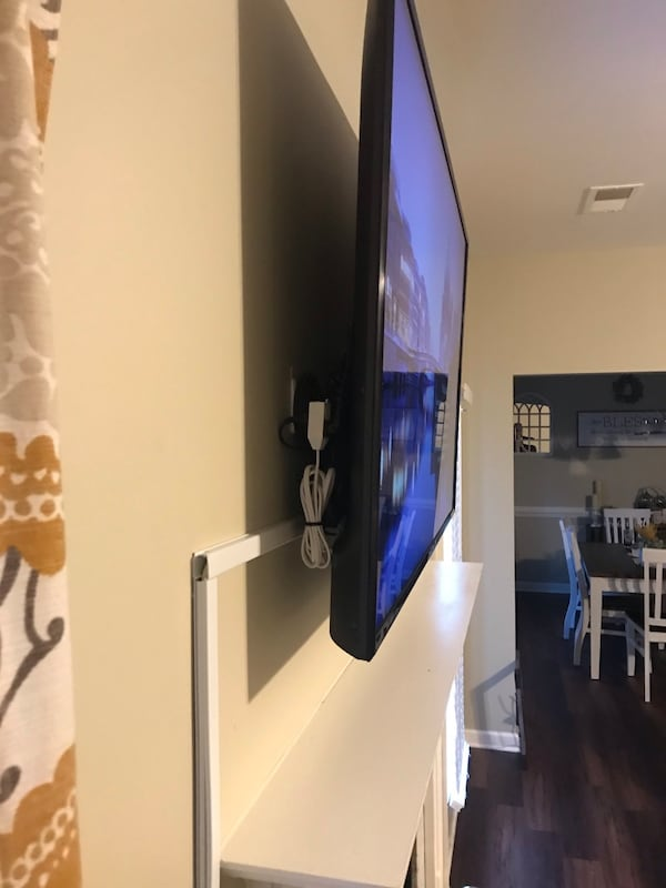 Home Theater/ Tv Mounting 64a2e9df-5bf5-4547-83c9-794d846f7e4d