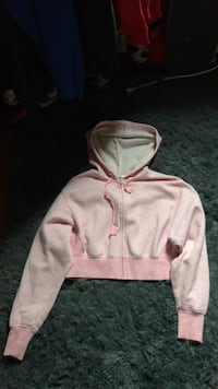 Garage cropped pink zip-up hoodie Hamilton, L8P 1N4