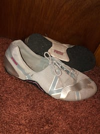 Puma Track Shoes Running Sneakers size 7.5