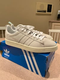 Adidas shoes (Beige Suede finish) Size 9.5 Beaconsfield, H9W 2M3