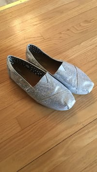 Toms silver sparkle slip on shoes
