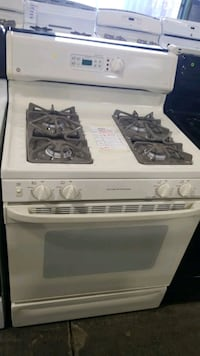 Ge natural gas Stove 30inches.