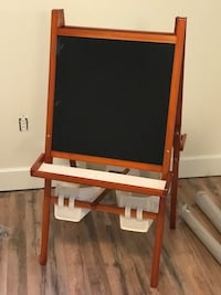 brown and black easel board Baton Rouge, 70806