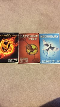 Full hunger games series good condition  Calgary, T2Y