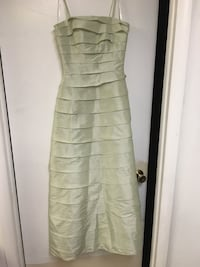 Size 4 light green formal homecoming prom dress Hagerstown, 21740