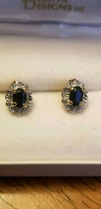 Gold filigree .925 black sapphire pierced earring Lake Stevens, 98258