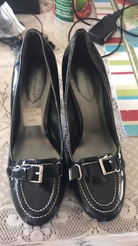 pair of black leather loafers Surrey, V3W
