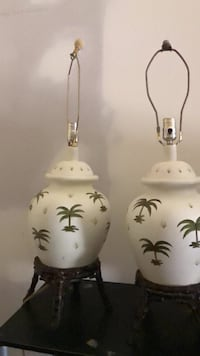 white and black floral ceramic table lamp Lahaina, 96761