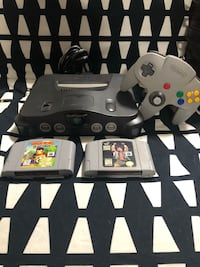 Nintendo 64 with game Brantford, N3V