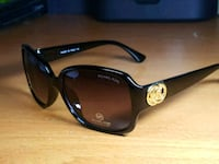 black framed Ray-Ban Wayfarer sunglasses 483 km