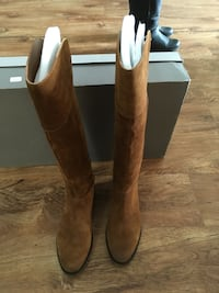 Franco Sarto suede boots new in box  Edmonton, T5T 4P4
