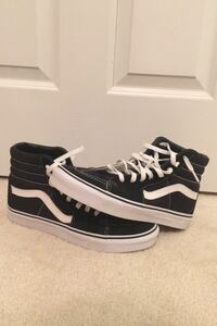Men's Size 9 High Top Vans Perry Hall, 21128