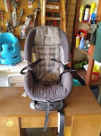 Very nice carseat for kids from 22 to 40lbs. Decatur, 62526