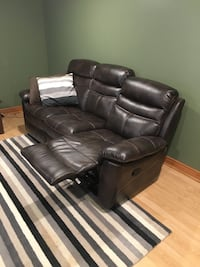 Dual recliner leather couch. 3 months old Toronto, M1M 2N2