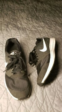 Used NIKE  Downshifter 7 Sneakers Springfield, 22153