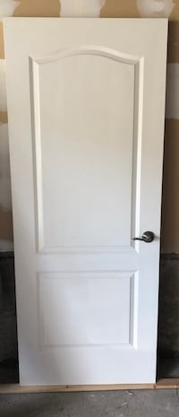 Door with hardware 24 by 80 Richmond Hill, L4E 4G6