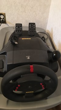 Logitech momo racing wheel with pedals  Innisfil