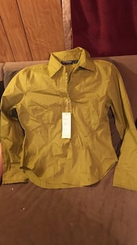 yellow dress shirt Castlewood, 24224