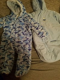 Baby hooded winter suit size 3-6 months  764 mi