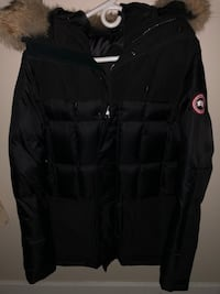 canada goose callaghan parka size M Burnaby, V5A