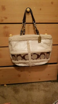 white and brown leather Coach tote bag Fresno, 93727
