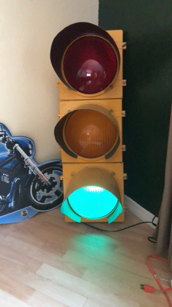 Traffic Lights For Sale >> Full Size Working Traffic Light