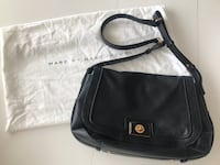 Marc by Marc Jacobs - Black Leather Totally Turnlock Messenger/ Large Crossbody Bag Calgary, T3K