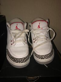 Pair of white air jordan basketball shoes size 4.5 Paterson, 07522