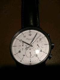 round silver-colored chronograph watch with black leather strap Hickory, 28601