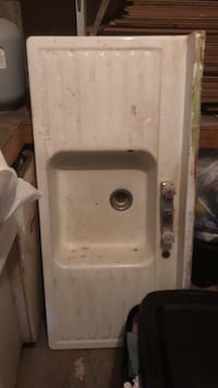White antique kitchen sink with metal cabinet Birmingham, 35214