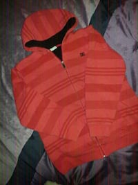 DC) red hoodie youth boys  3138 km