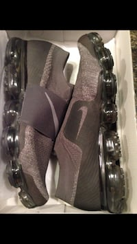 Nike Air VaporMax running shoes in men's size 14. Henderson, 89002