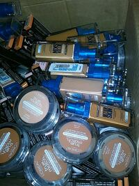 Foundation and face powders Hobart
