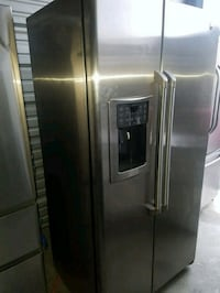 GE Cafe stainless steel side by side like new Ferndale, 48220