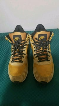 Nike shoes size 8 Lincoln, 68502