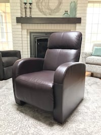 Faux Leather Recliner - BRAND NEW Waterloo, N2K 3S5
