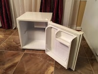 Mini fridge Mc Lean, 22102