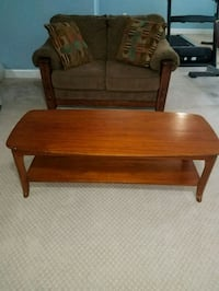 Chair and table (can be sold separate) Woodbridge, 22192
