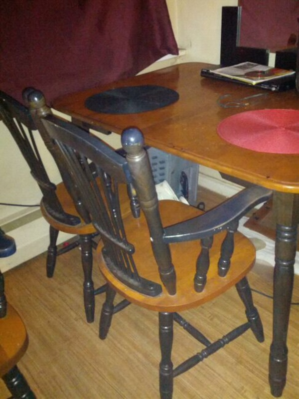 Used Wooden Dining Table Set For Sale In Ottawa
