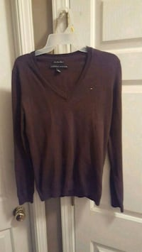 Tommy Hilfiger Sweater! Vneck Little River, 29566