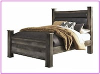 Wynnlow Gray Queen Upholstered Poster Bed Windsor Mill
