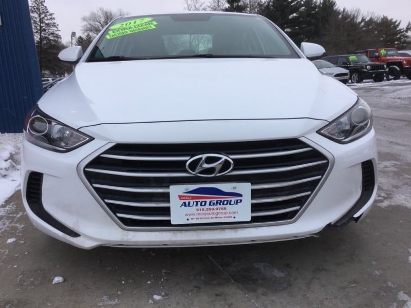 *Factory Warranty* 2017 Hyundai Elantra SE - Ask About Our Guaranteed Approval Process d6f07054-83e9-4db7-9856-a800814b2eed