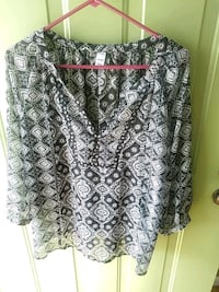 Cute Black Top (long sleeve) Conway, 29526