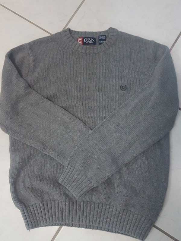 gray Chaps brand sweater