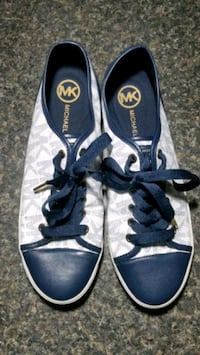 pair of blue-and-white Converse sneakers Palm Springs, 92262
