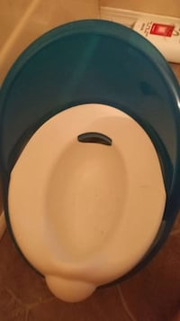 blue and white potty trainer Winnipeg, R2W 1L3