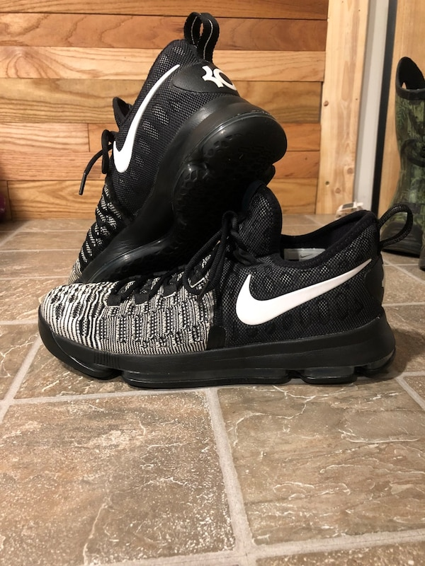 best sneakers d5dcf b4a6c Nike basketball Oreo KD 9s