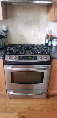 Gas Oven with Hood