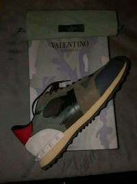 VALENTINO SNEAKERS SIZE 11 Boston, 02163